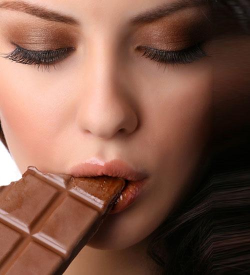 Çikolata yemek rüyaları
