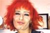 beyaz tenli kızıl saçlı kız
