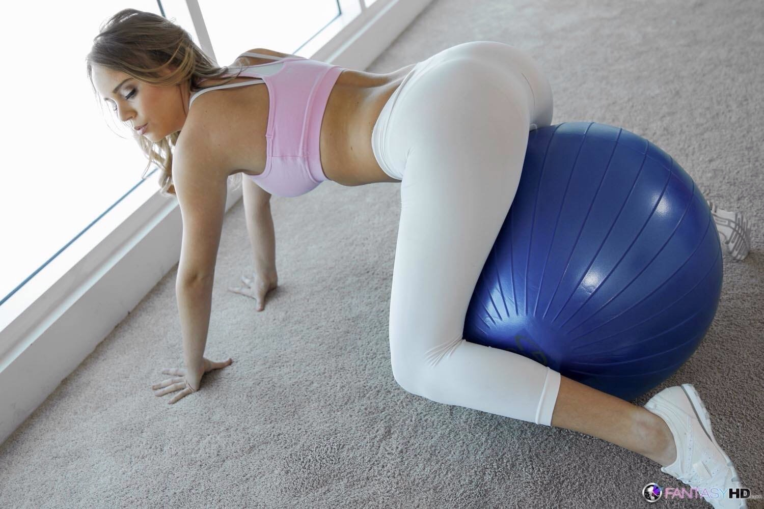 girls-in-yoga-pants-pussy-hole-nudist-pageant-free