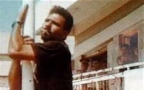 türk bayrağını indirmeye çalışan rumu vuran asker kimdir ile ilgili görsel sonucu