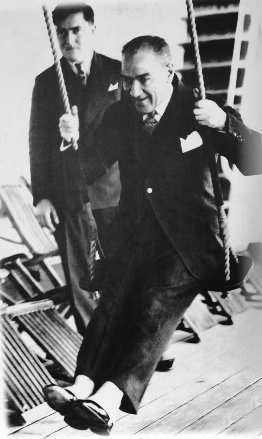en güzel mustafa kemal atatürk fotoğrafı #985521 - uludağ sözlük ...