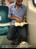 kekoların kız tavlamak için kitap okuması
