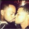 erkek erkeğe öpüşmek