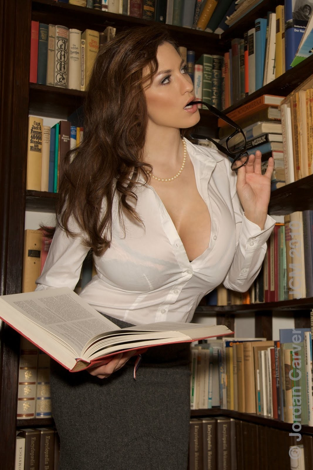 Теща с большой грудью и видео фото 749-48